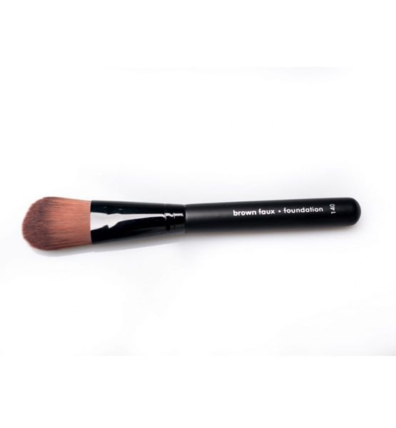 FOUNDATION BRUSH - trim and prissy cosmetics