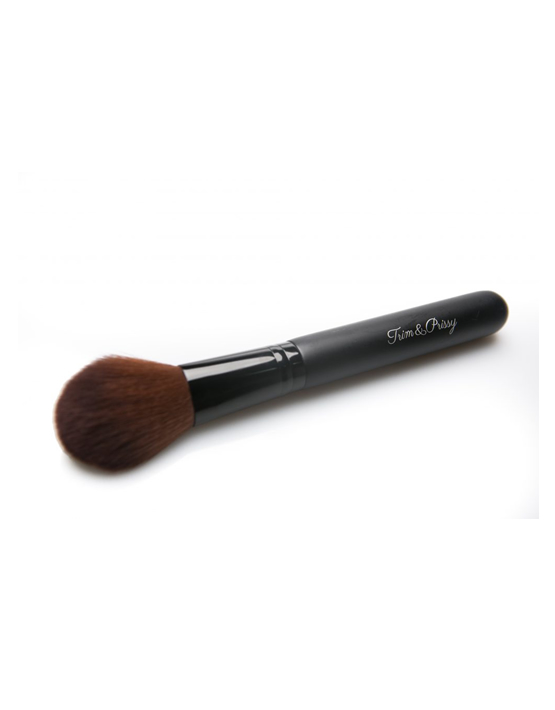 LARGE POINTED FACE BRUSH 1 - trim and prissy cosmetics